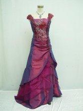 Dámské plesové šaty středověký styl