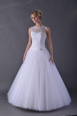 Dámské kvalitní svatební šaty s krajkou